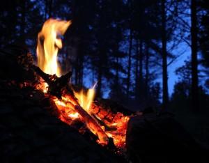 Bål i natten